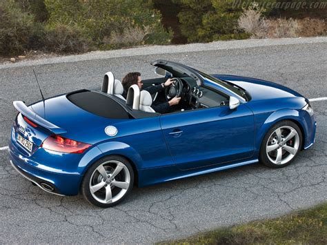 Audi TT RS Roadster High Resolution Image (4 of 6)