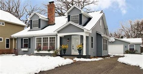 cape cod house color schemes wonderful cape cod style home curb appeal pinterest