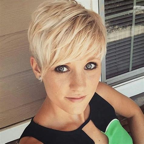 pixie haircuts with high forehead best 25 blonde pixie ideas on pinterest blonde pixie