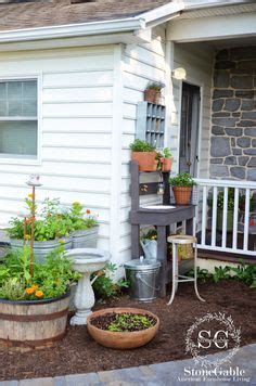 Kitchen Bench Herb Garden Vegetable Herb Gardens On Kitchen Herb