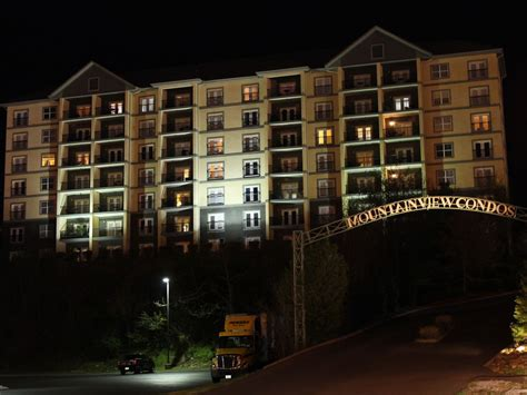 2 bedroom condos in pigeon forge tn 2 bedroom 2 bath condo in downtown pigeon forge vrbo