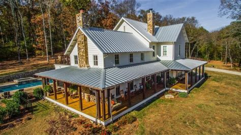 Farmhouse Wrap Around Porch miley cyrus buys a modern farmhouse in franklin