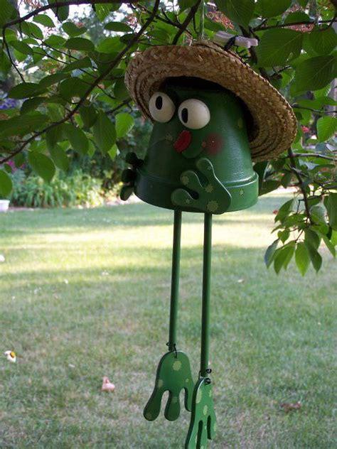 amazing clay pot critters  diy garden ideas gardening