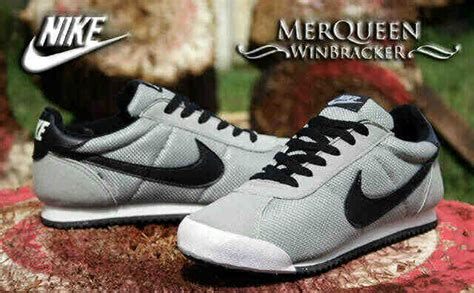 Sepatu Nike Kaishi Run Black Grey nike roshe run