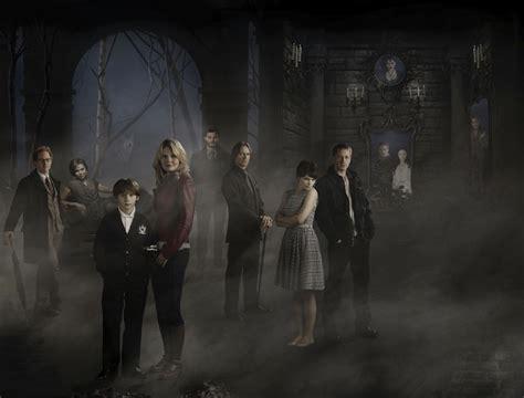 nuova time once upon a time nuova foto promozionale con il cast al