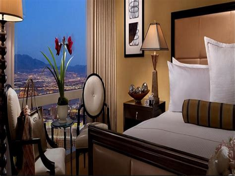 cheapest 2 bedroom suites las vegas cheap 2 bedroom suites las vegas mirage one tower suite
