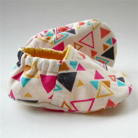 diy infant shoes away diy baby shoes