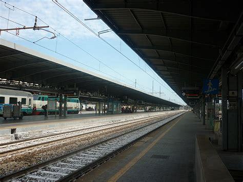 orari treni da trento a verona porta nuova stazione dei treni mestre venezia arrivare in treno