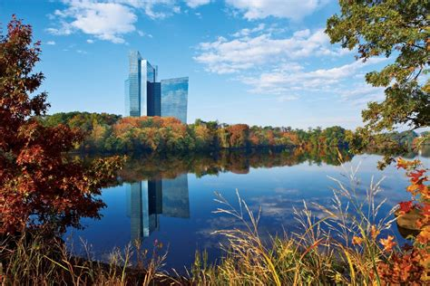 indian gaming mohegan tribe reports decline  income