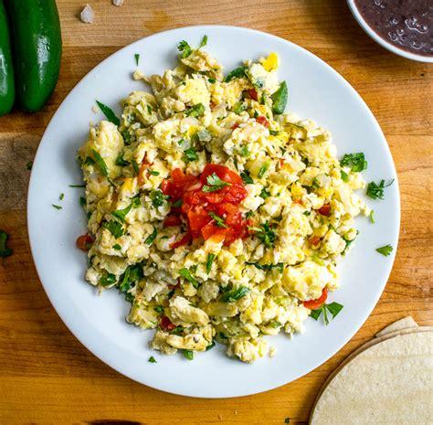 can i give my scrambled eggs mexican scrambled eggs huevos a la mexicana mexican