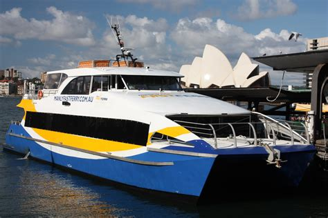 fast boat sydney harbour sydney city and suburbs circular quay fast ferry