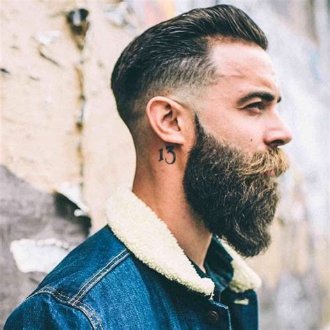 you can now decorate your hipster beard for christmas hipster beard styles beard styles today 2017