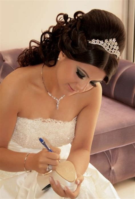 wedding hairstyles half up with tiara and veil 37 half up half wedding hairstyles anyone would