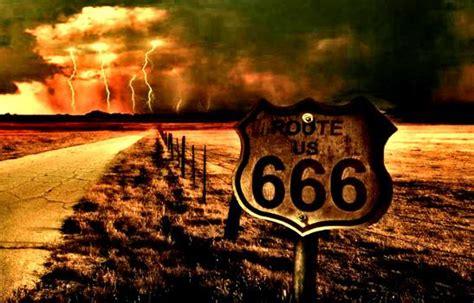 Ombre Background route 666 l autoroute pour l enfer