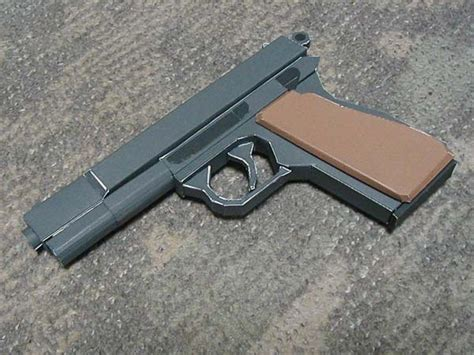Pistol Papercraft - this pistol paper model is a size browning hi power
