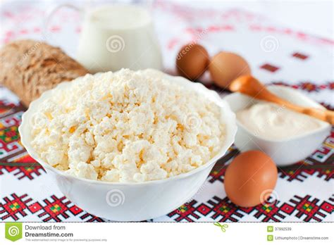 Cottage Cheese From Sour Milk by Cottage Cheese Milk Sour Bread And Eggs Royalty