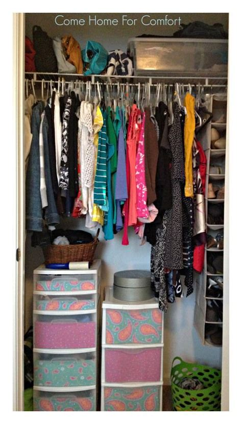 How To Organize A Closet On A Budget by 17 Best Ideas About Tiny Closet On Closet