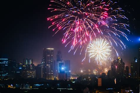 new year in the philippines 2014 new year celebrations around the world youramazingplaces