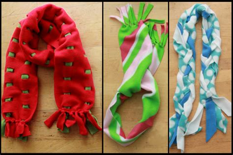 20 minute gift fleece scarves 3 ways ehow crafts ehow
