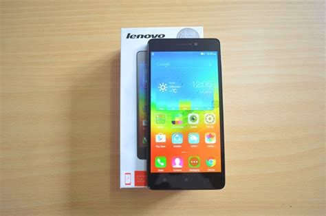 Lenovo A7000 Unboxing lenovo a7000 unboxing and on