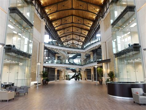 City Corporate Office by Large Office