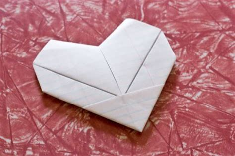 Origami Note Folding - notes tutorials and origami hearts on