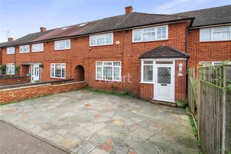 3 bedroom house for sale in borehamwood search 3 bed houses for sale in barnet gate onthemarket