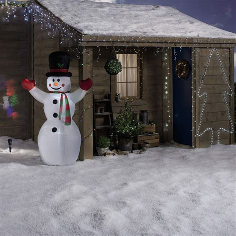 aldis christmas decorations aldi specialbuys to add to your shopping list this week ideal home