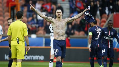 ibrahimovic tattoo yellow card zlatan ibrahimovic tattoo celebration makes psg boss