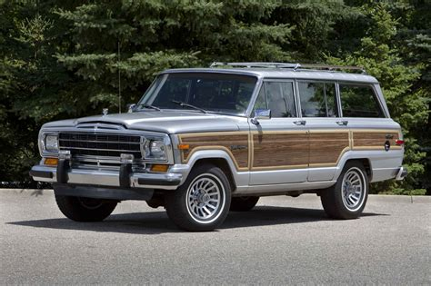 jeep wagoneer jeep grand wagoneer to return in 2013 the torque report