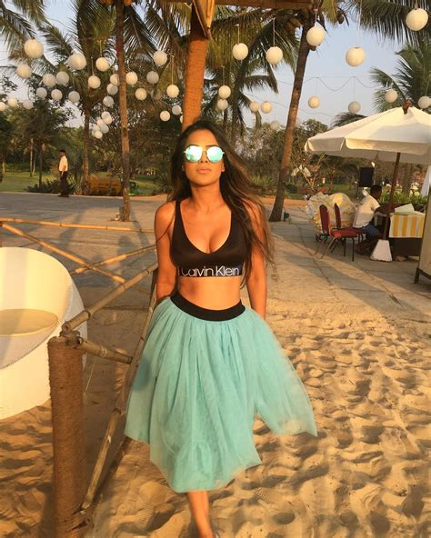 nia sharma hot sexy wallpapers p hd images
