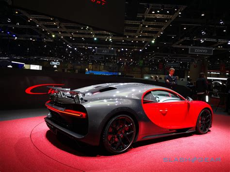 car bugatti chiron 2019 bugatti chiron sport puts 1 500hp supercar on a diet