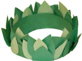 laurel leaf crown template the winter leaf crown and crafts on