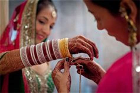 Sikh Wedding Checklist Uk by 1000 Images About Indian Wedding Chura And Kalire On