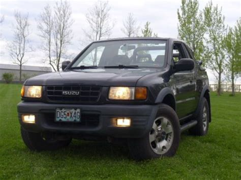 car owners manuals for sale 1999 isuzu amigo parental controls buy used 1999 isuzu amigo sport utility 2 door v6 5 speed 4x4 no reserve in lee s summit