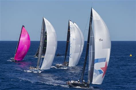 01 35071 J Avanty Maxi maxi yacht rolex cup velablog mistro