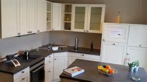 küchenmodelle für kleine küchen kleines hochbett