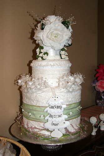 Towel Cakes For Bridal Shower by How To Make A Bridal Shower Towel Cake Here Comes The
