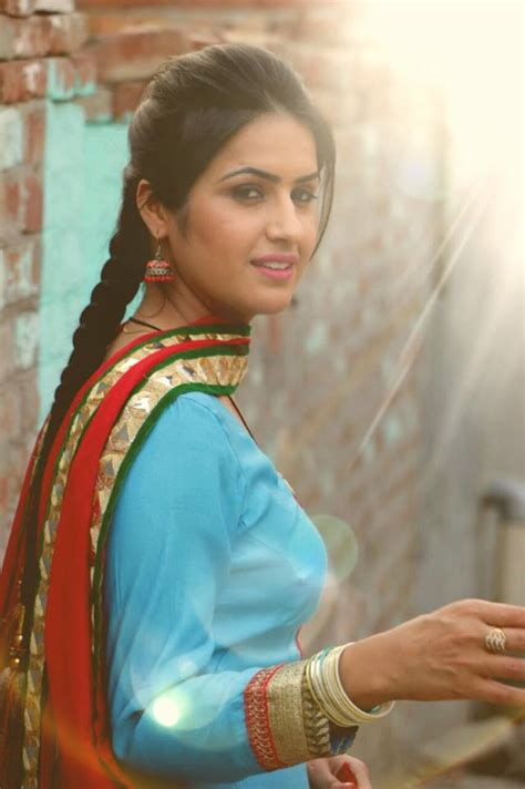 aman hundal aman hundal punjabi model ki top 10 pics sing online