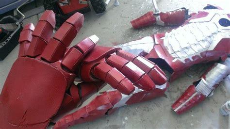 quick easy iron man gloves tutorial costume ideas
