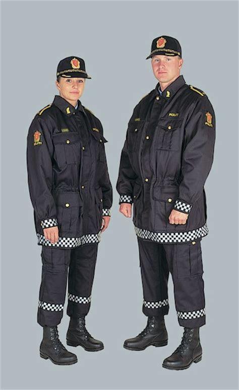 armas y uniformes de el arma de la polic 237 a noruega un spray de defensa libertad digital