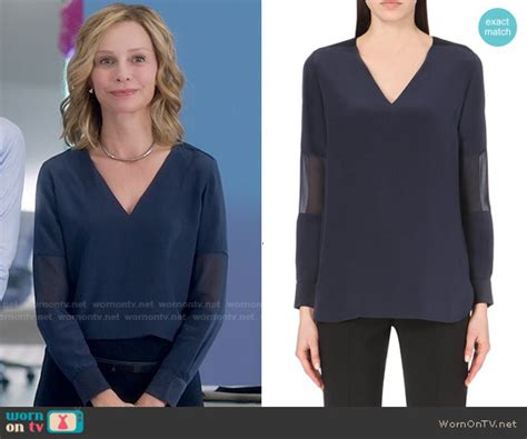 Calista Collar 11 wornontv cat s navy blue v neck blouse on supergirl