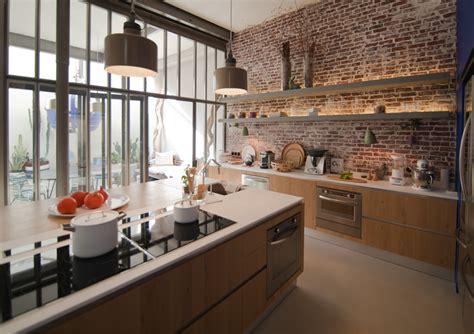 cuisines et d駱endances lyon cuisine en brique et verriere maison de r 234 ve