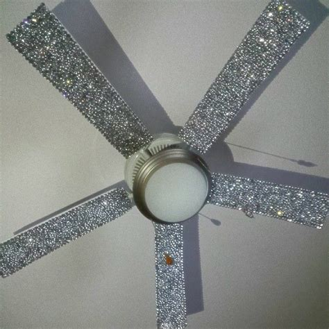 fan in 1000 ideas about bedroom ceiling fans on