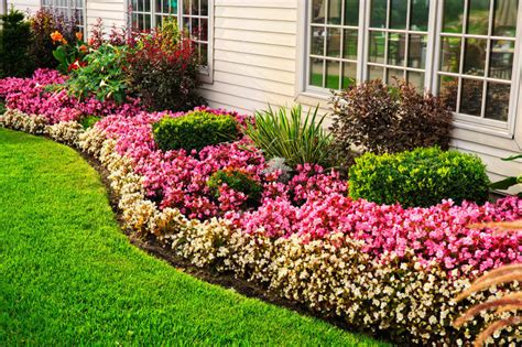 101 Front Yard Garden Ideas Awesome Photos Pictures Of Flower Gardens In Front Of House