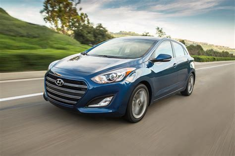 2016 Hyundai Elantra Horsepower by 2016 Hyundai Elantra Gt Official Pictures And Specs