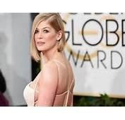 Rosamund Pike Golden Globes 2015 Shows Skin At