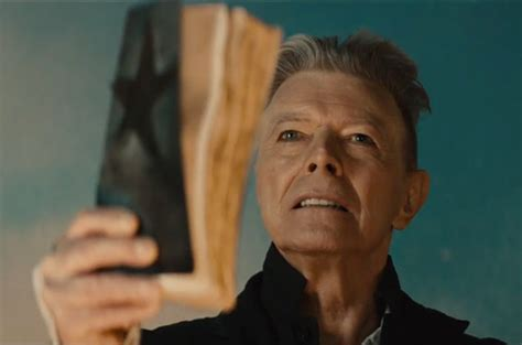 david bowie made me 100 years of lgbt books david bowie s blackstar single debuts