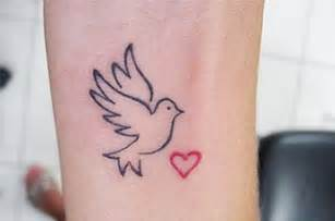 Dove tattoo designs and dove tattoo meaning 6 jpg