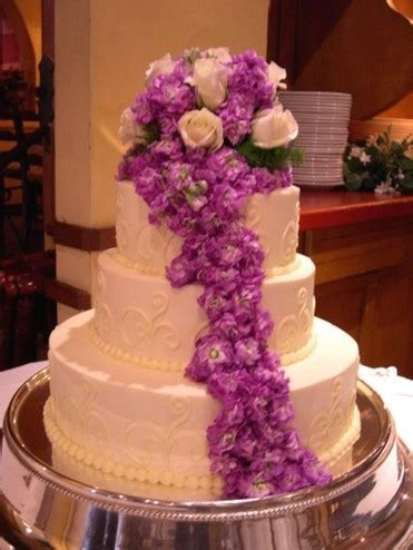 Big Wedding Cakes Pictures by Picture Of Big Wedding Cake Iwth A Lot Of Flowers